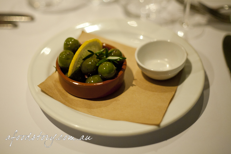 sicilian green olives, fennel & lemon